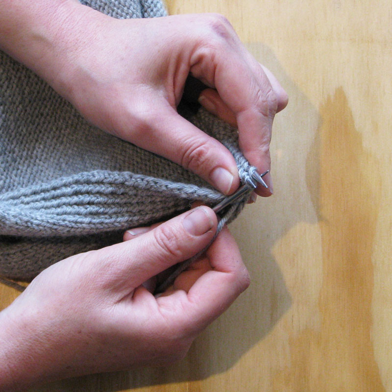 Knitting Stitches 3 Needle Bind Off : Tutorial: Three Needle Bind Off (3NBO) Ambah